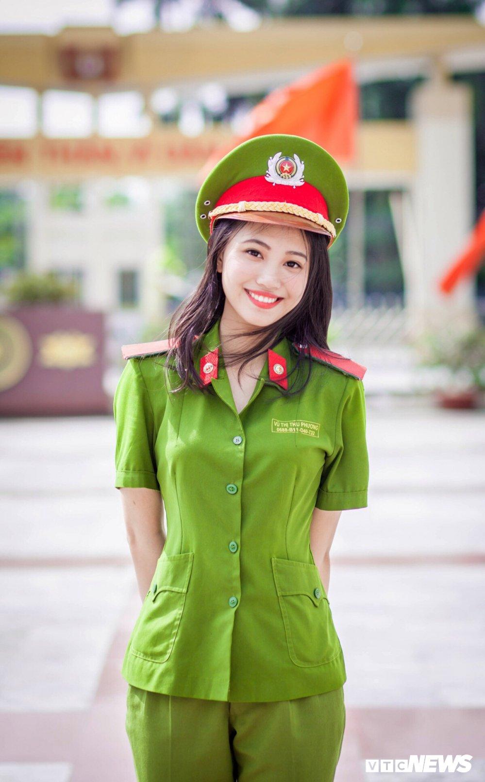 'Net dep sinh vien chuyen nganh Canh sat dieu tra nam 2018' qua 10 buc anh dac biet hinh anh 1
