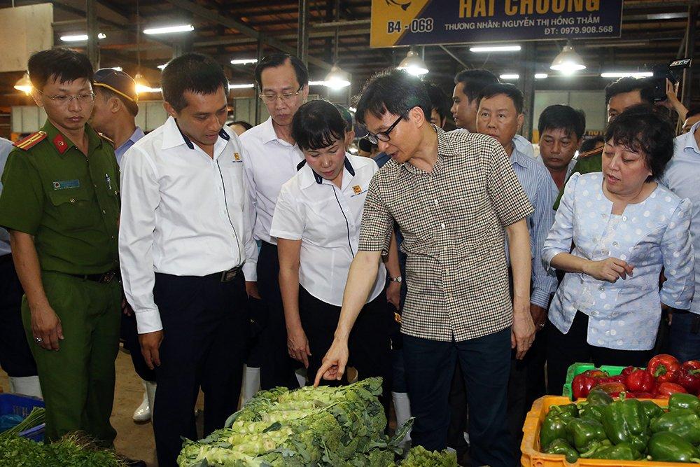 Pho Thu tuong Vu Duc Dam thi sat cho dau moi Binh Dien luc 0 gio hinh anh 1