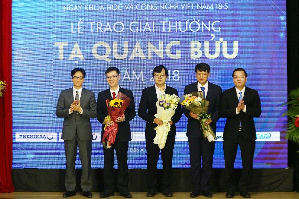 3 nha khoa hoc tai nang nhan giai thuong Ta Quang Buu 2018 hinh anh 1