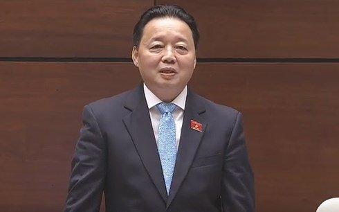 Bo truong Tran Hong Ha: O nhiem khong khi o Ha Noi chua dang quan ngai hinh anh 1