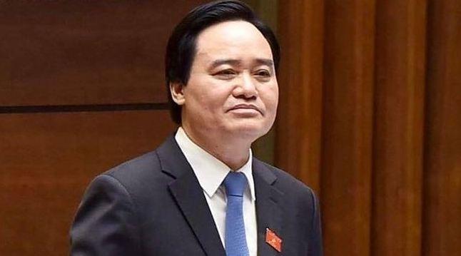 Truc tiep: Bo truong Phung Xuan Nha tra loi chat van 3 van de nong hinh anh 1