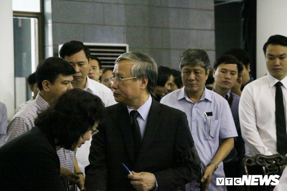 Anh: Lanh dao, nguyen lanh dao Dang, Nha nuoc xuc dong tien biet GS Phan Huy Le hinh anh 14