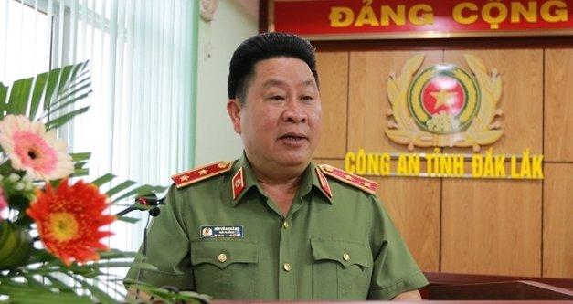 Dè nghị Bọ Chính trị xem xét, thi hành kỷ luạt Thu truong Bo Cong an Bui Van Thanh hinh anh 1