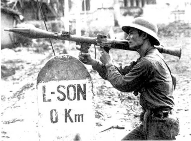 Bí ẩn tác giả bức ảnh 'tiêu biểu nhất' cuộc chiến chống Trung Quốc xâm lược 1979 - 1