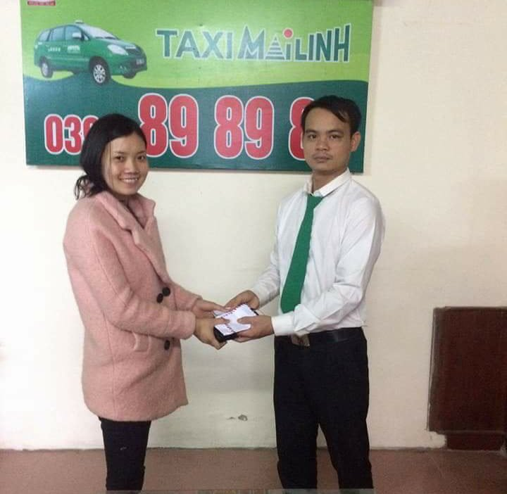 Tai xe taxi Mai Linh tra lai khach 19 chi vang bo quen hinh anh 1