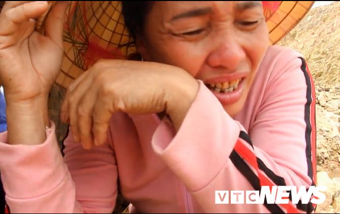 Nguy co sat lo hang loat ngoi mo do khai thac dat: Chinh quyen dia phuong bat luc hinh anh 3