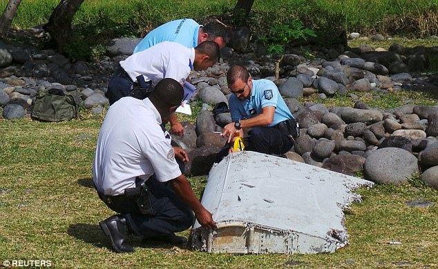 Tiet lo bat ngo phi cong co y cho may bay MH370 roi xuong bien hinh anh 1