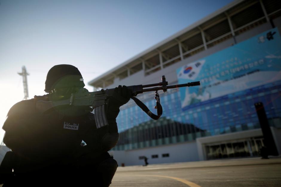 Han Quoc to chuc tap tran quy mo, tang cuong an ninh cho Olympic hinh anh 1