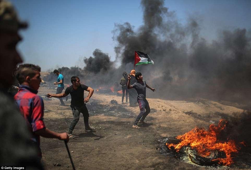 Anh: 'Ngay Thu Hai dam mau' tren dai Gaza, hang nghin nguoi thuong vong hinh anh 7