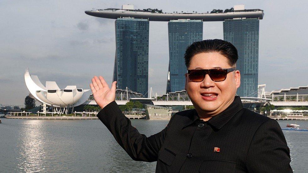 'Ban sao ong Kim Jong-un' gay bat ngo khi xuat hien o Singapore hinh anh 1
