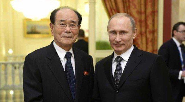 'Nhan vat quyen luc so 2' cua Trieu Tien toi Nga gap Tong thong Putin hinh anh 1