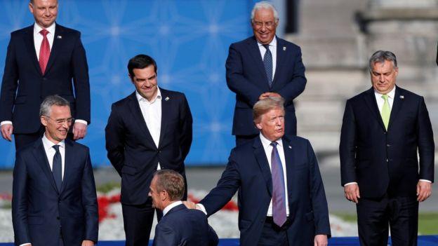 Tong thong Trump khien truyen thong the gioi day song khi goi chau Au la ke thu hinh anh 1