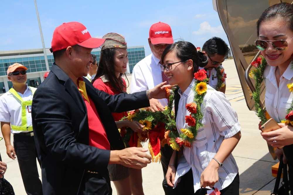 Vietjet khai truong duong bay tu Ha Noi den Tuy Hoa (Phu Yen) hinh anh 3