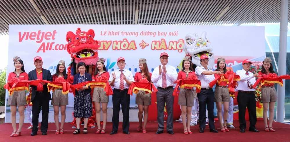 Vietjet khai truong duong bay tu Ha Noi den Tuy Hoa (Phu Yen) hinh anh 1