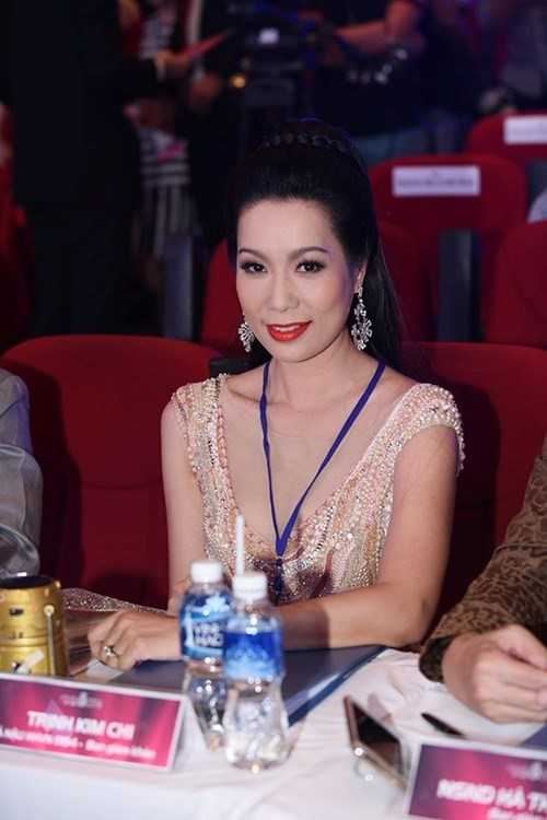 Truong Nam Thanh 'bung no' cung dan nguoi dep bikini hinh anh 7