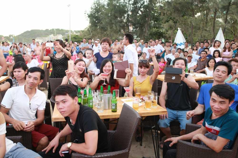 'Chay' het minh tai Bartender Show o Sam Son hinh anh 2