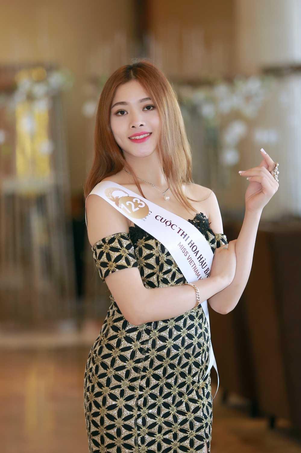 Cac nguoi dep rang ro tai casting Hoa hau Ban sac Viet toan cau Ha Long, Hai Phong hinh anh 2