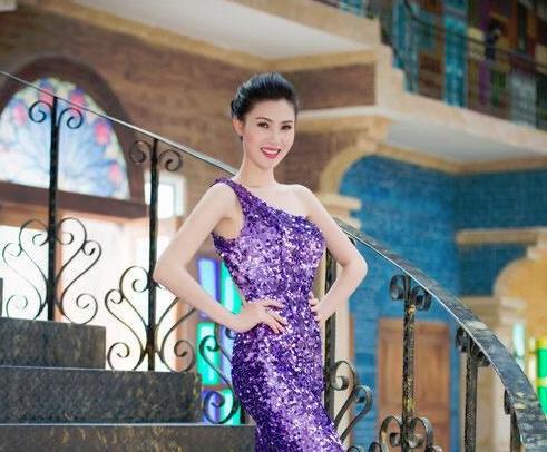 Lo dien cac thi sinh lot vao ban ket mien Bac Hoa hau ban sac Viet toan cau 2016 hinh anh 2