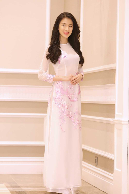 Ban sao Diep Lam Anh: 'Toi tu tin lot top 5 Hoa hau Ban sac Viet toan cau' hinh anh 1