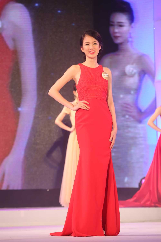 Ban sao Diep Lam Anh: 'Toi tu tin lot top 5 Hoa hau Ban sac Viet toan cau' hinh anh 2