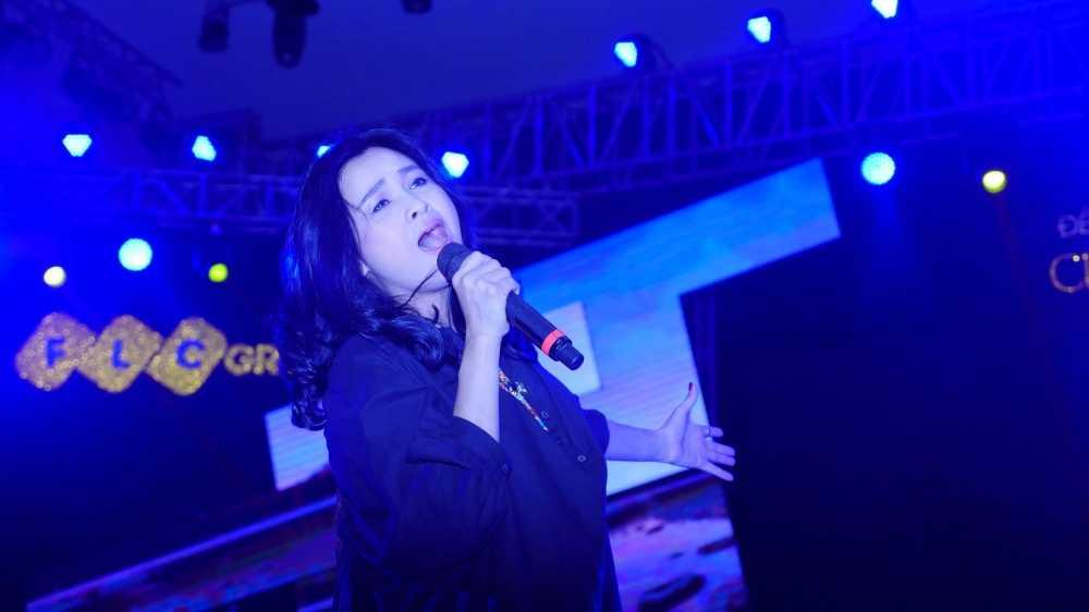 Thanh Lam, Tung Duong dien 'cay den' tai tong duyet 'Chuyen tinh cua Bien' hinh anh 2