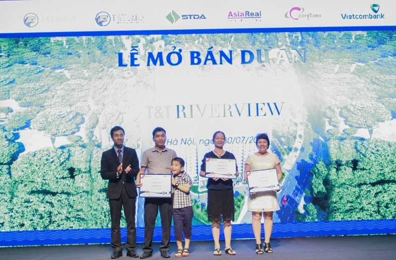 T&T Riverview dat 100 giao dich thanh cong ngay ngay dau mo ban hinh anh 4
