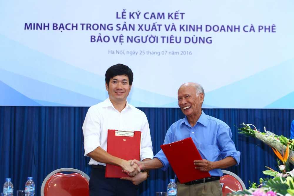 Tu 1/8/2016 Vinacafe Bien Hoa cam ket san xuat cac san pham ca phe nguyen chat, khong don dau nanh hinh anh 1