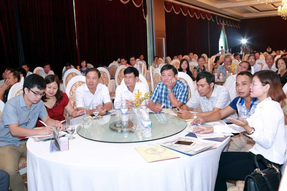 FLC Sam Son tao 'song lon' trong le mo ban tai Ninh Binh hinh anh 1