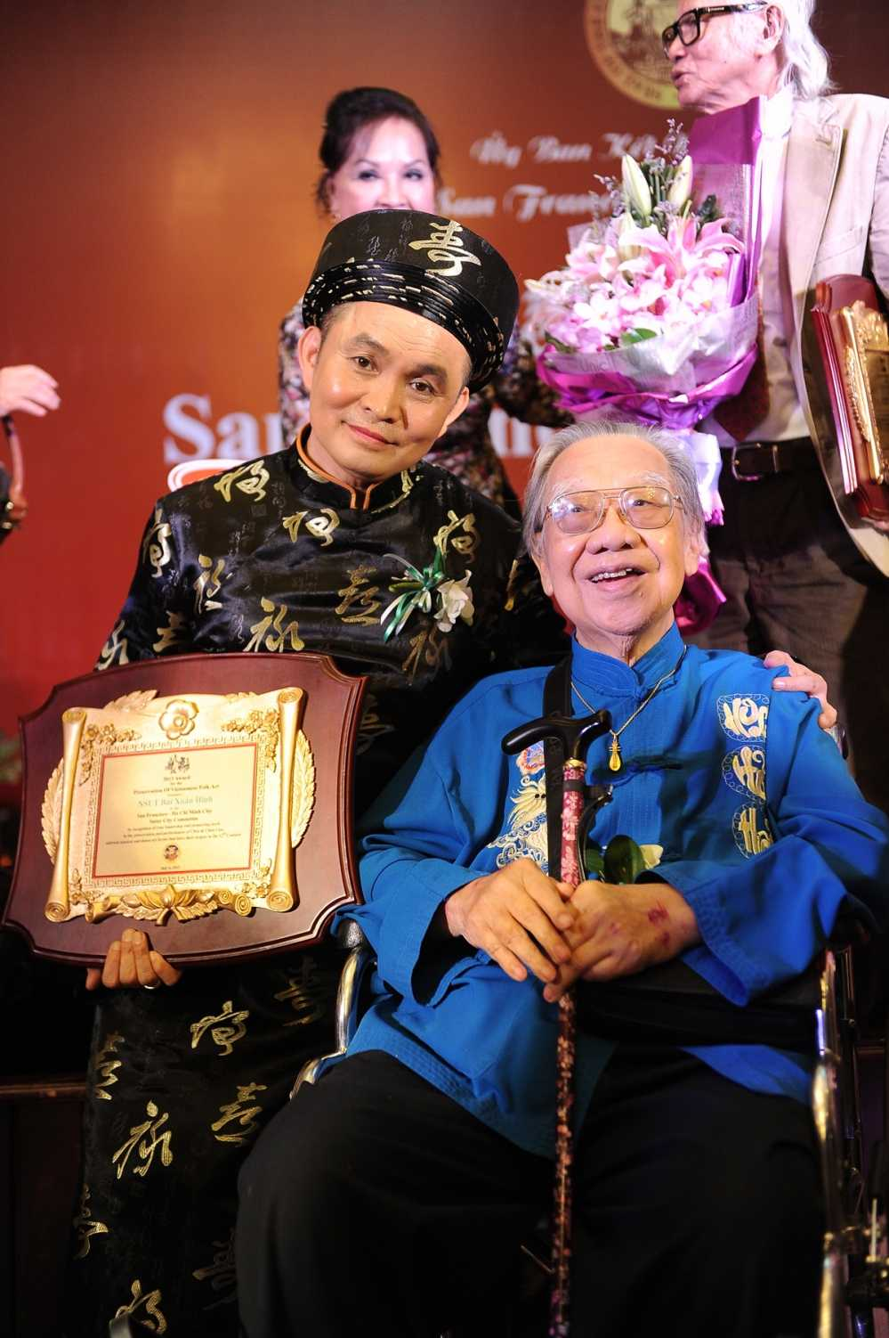 Xuan Hinh tiet lo chuyen di buon 'thuong vang ha cam' hinh anh 4