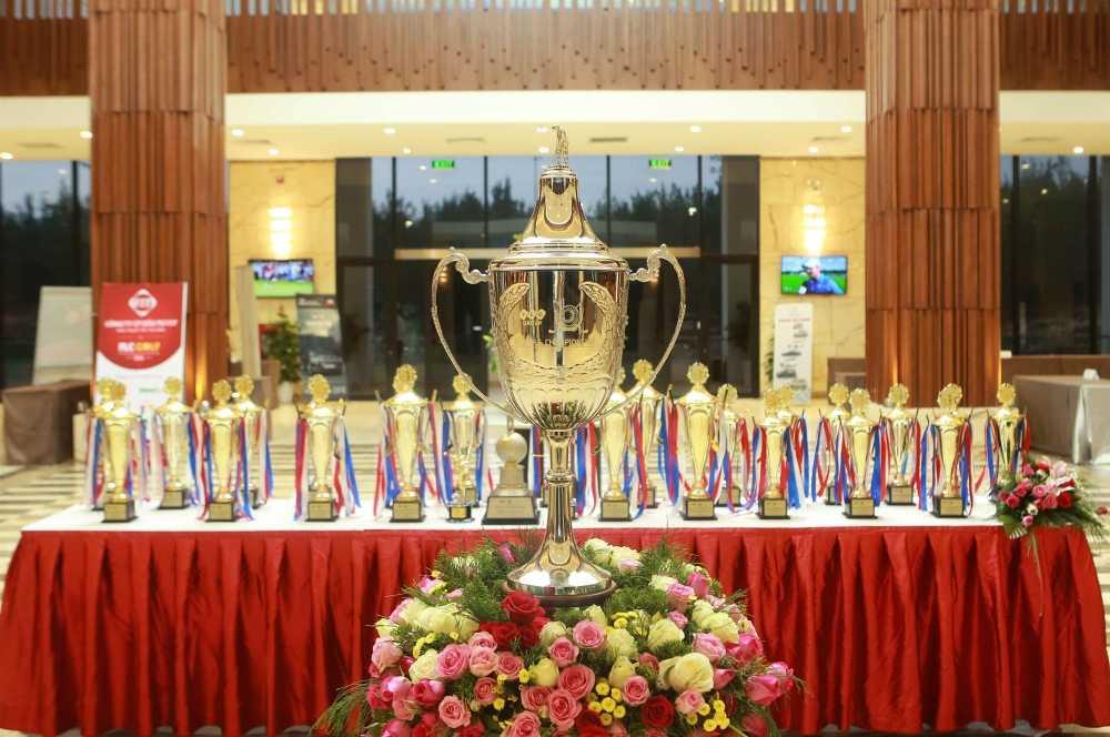 Giai golf FLC Golf Championship 2016 chinh thuc khoi tranh hinh anh 1