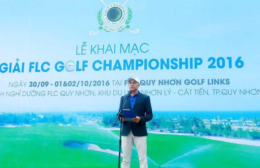 Giai golf FLC Golf Championship 2016 chinh thuc khoi tranh hinh anh 2