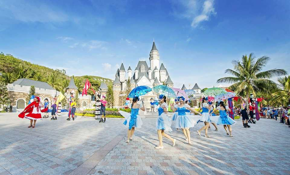 3 ly do Nha Trang dat top 10 diem den hap dan nhat Chau A 2016 hinh anh 7