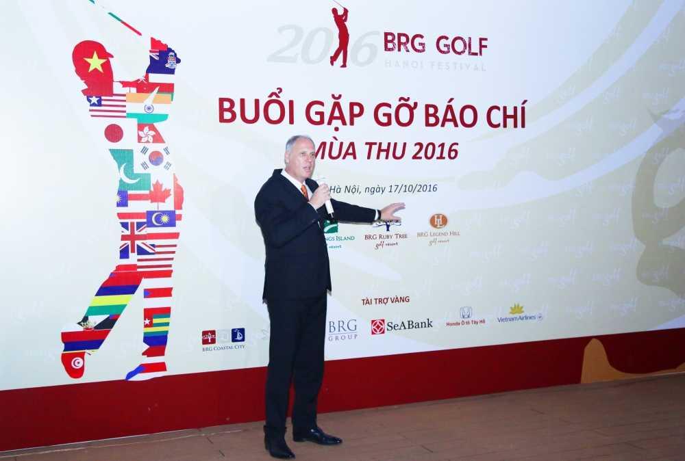 BRG Golf to chuc ngay hoi golf dac biet chua tung co hinh anh 3