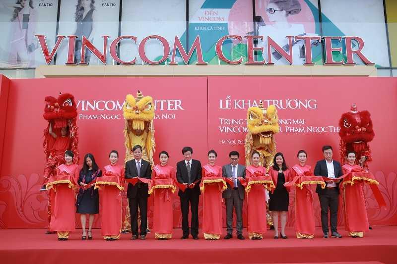 Khai truong Vincom Center Pham Ngoc Thach - Ha Noi hinh anh 1
