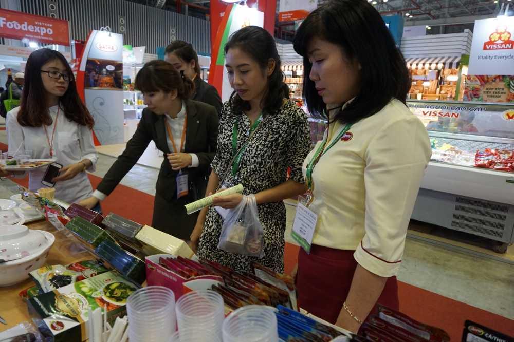 Nam Phuong Food tham gia trien lam quoc te cong nghiep thuc pham Viet Nam 2016 hinh anh 4