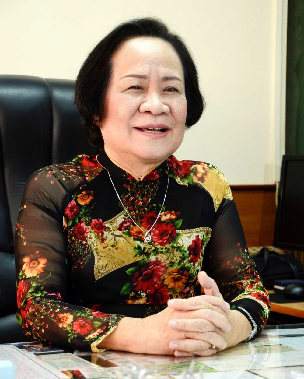 Duoc Hau Giang dong hanh cung nganh Y qua 'Dac nhiem Blouse Trang' hinh anh 2