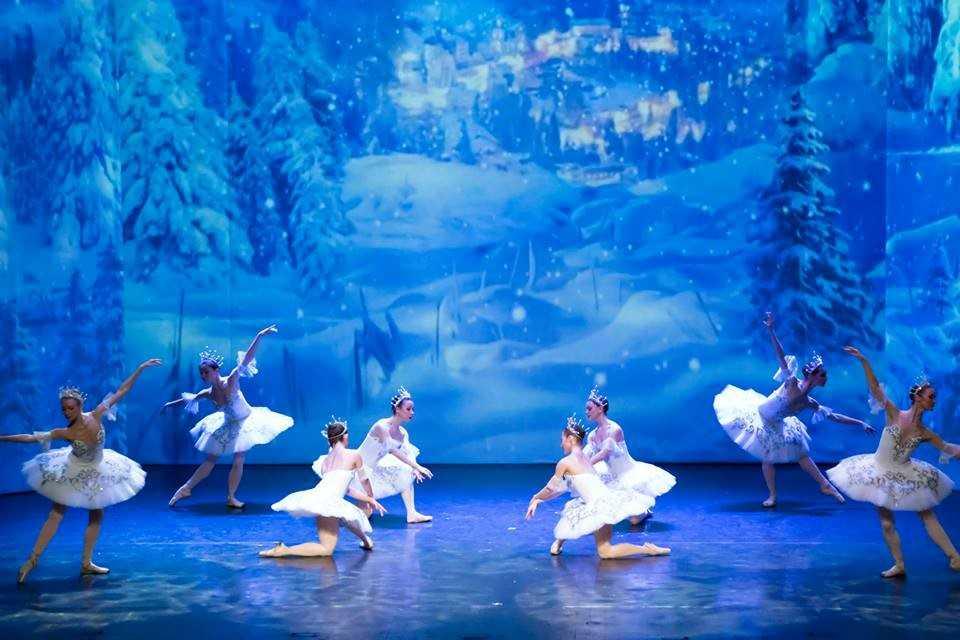 Ballet 'Ho thien nga' va 'Kep hat de': Hai tuyet pham cua Tchaikovsky den Viet Nam hinh anh 4