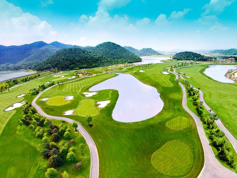 Khai mac ngay hoi gon 2016 BRG Golf Ha Noi Festival voi tong gia tri giai thuong len toi 6,5 ty dong hinh anh 2