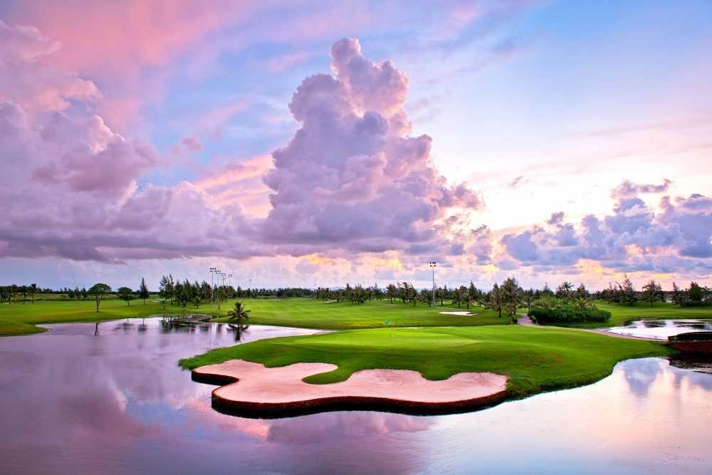 Khai mac ngay hoi gon 2016 BRG Golf Ha Noi Festival voi tong gia tri giai thuong len toi 6,5 ty dong hinh anh 3