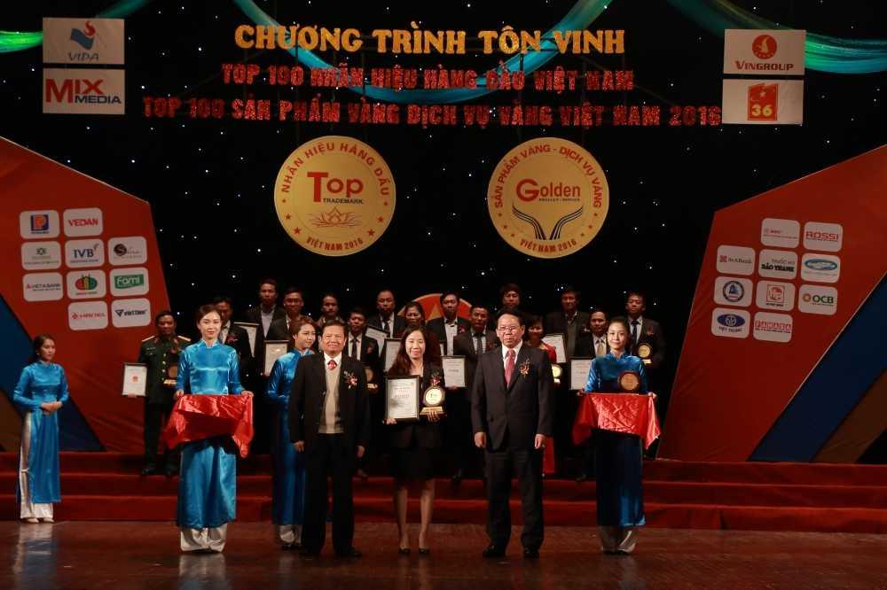 Binh nuoc nong Rossi dat Top 10 nhan hieu hang dau Viet Nam hinh anh 1