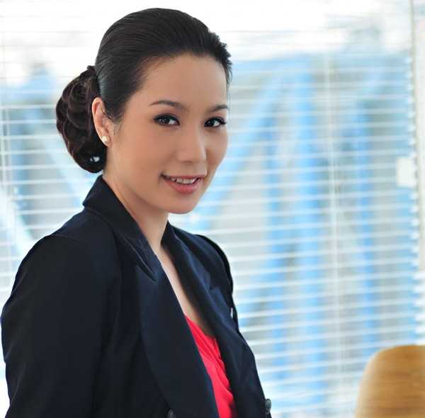A hau Trinh Kim Chi 'doi dau' Le Be La hinh anh 2