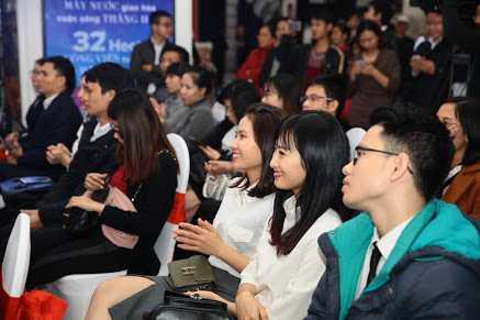Hang ngan nguoi hao huc don cho ve 'Dai hy Xuan 2017' hinh anh 1