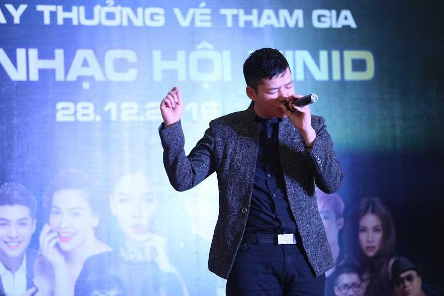 Hang ngan nguoi hao huc don cho ve 'Dai hy Xuan 2017' hinh anh 5