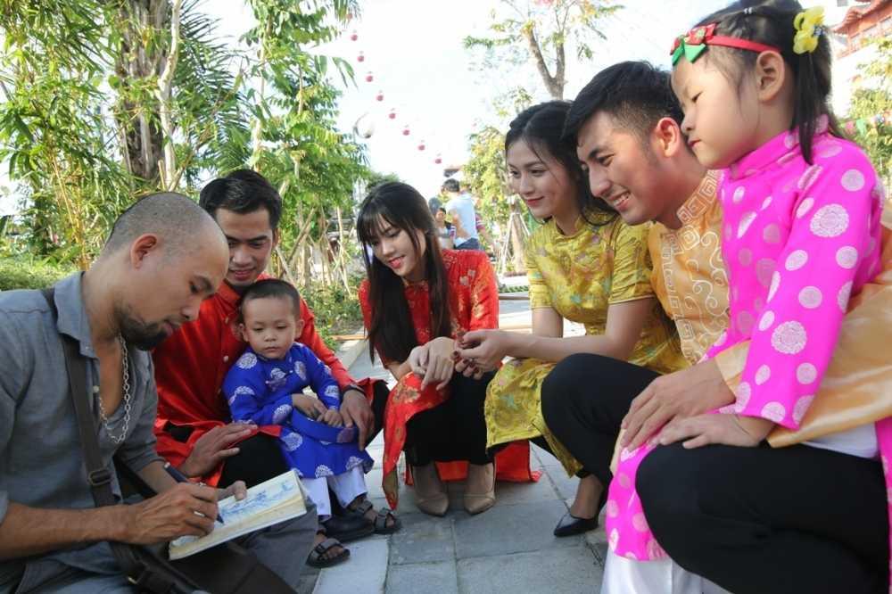 Kham pha Tet co truyen dung 'chat' tai Cong vien Chau A hinh anh 2