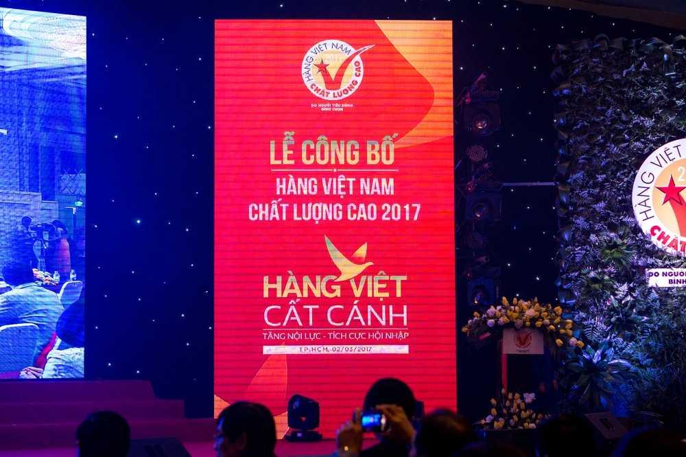 Nam Phuong Food lot top Hang Viet Nam chat luong cao 2017 hinh anh 1