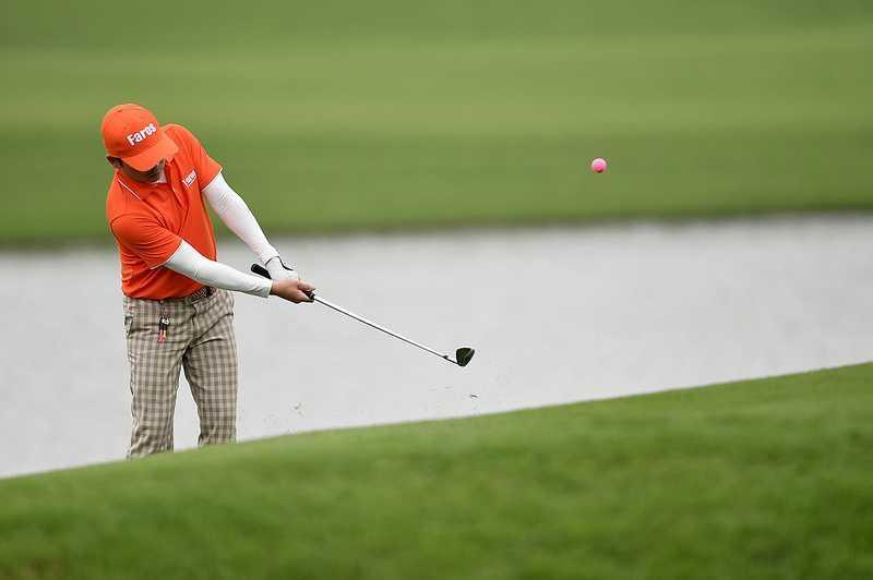 Chi con 24 gio nua khoi tranh giai FLC Faros Golf Tournament hinh anh 1