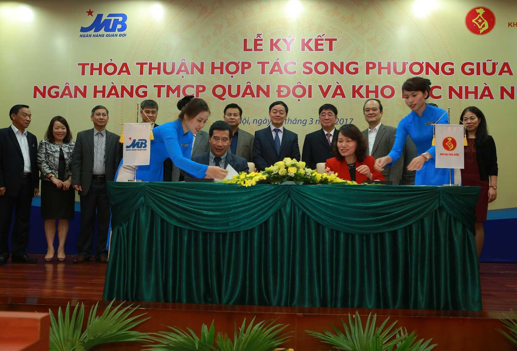 Le ky ket hop tac song phuong giua Kho bac Nha nuoc va Ngan hang TMCP Quan doi hinh anh 2
