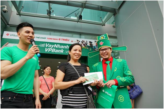 Chen chan dang ky Vay Nhanh tai VPBank hinh anh 8