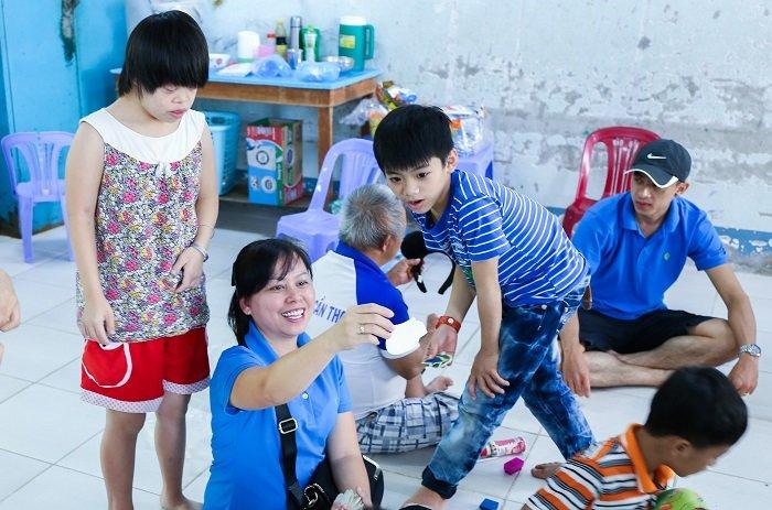 Chuong trinh 'Ket noi vi cong dong – Cung se chia yeu thuong' tai Novaland hinh anh 4
