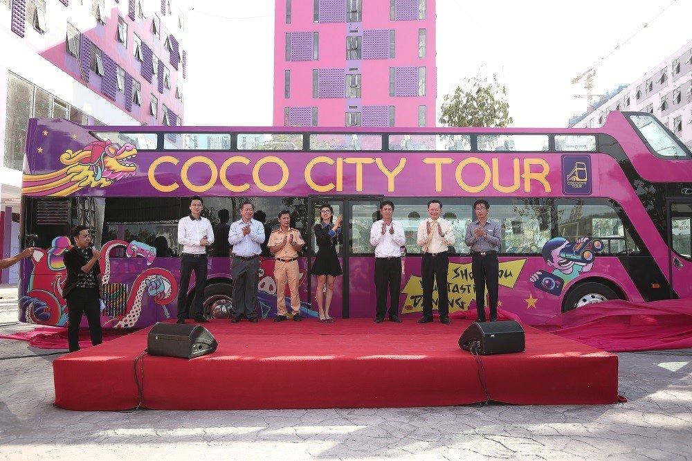 Xe buyt du lich 2 tang Coco City Tour da co mat tai Da Nang hinh anh 1